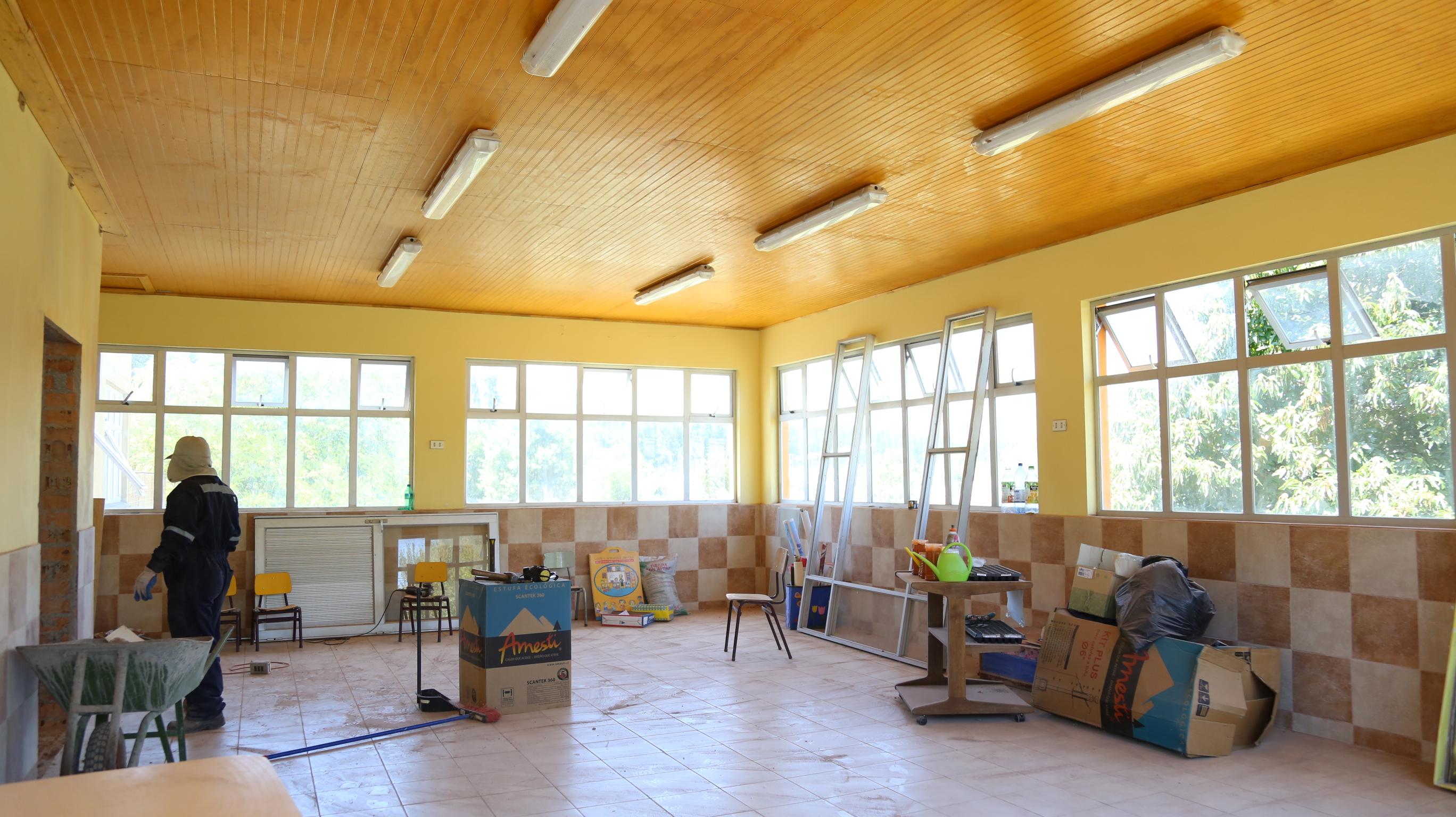 Diversos trabajos de mantención se han realizado por estos días en unidades educativas de Quilleco.