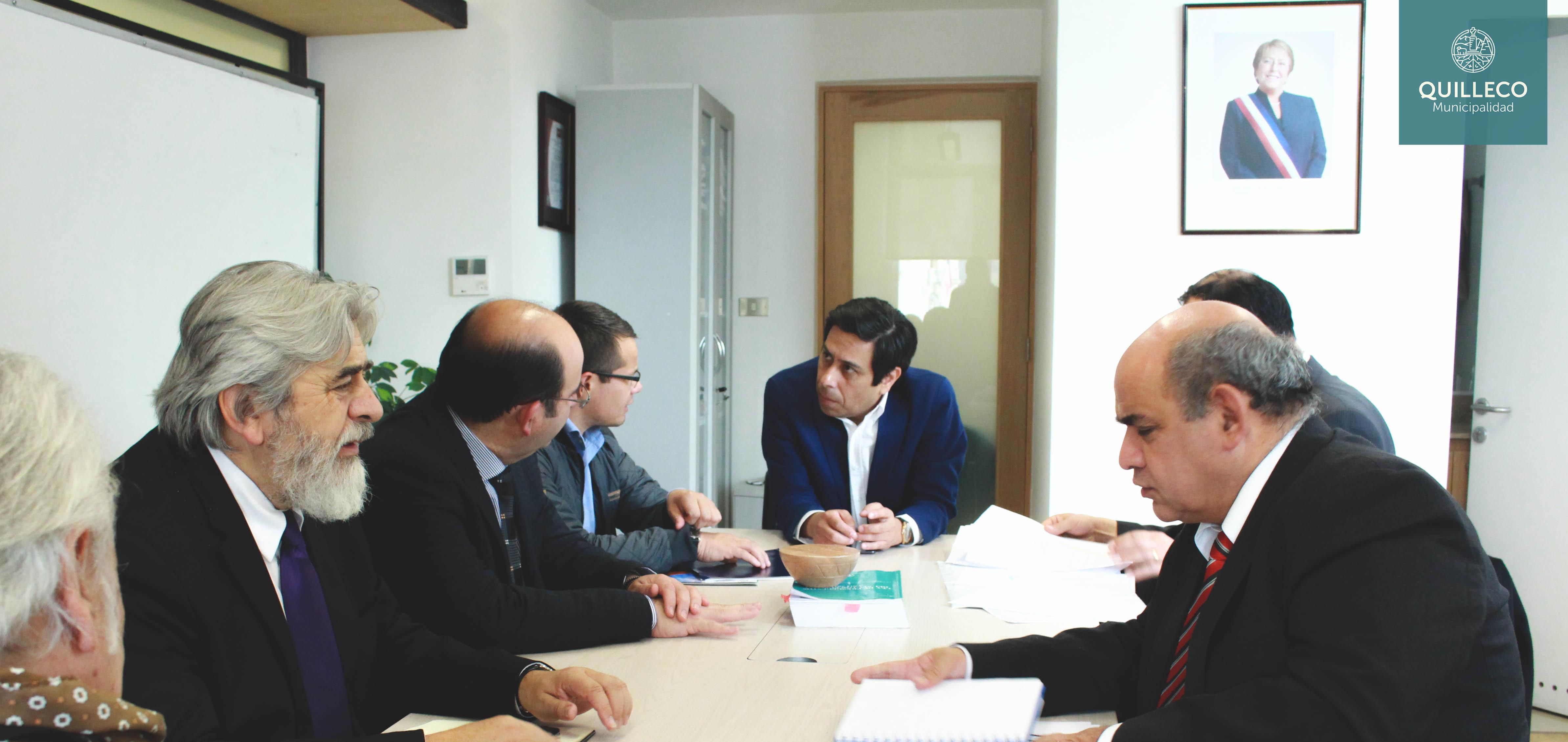 Reunión clave de Alcalde Jaime Quilodrán para canalizar recursos desde la SUBDERE