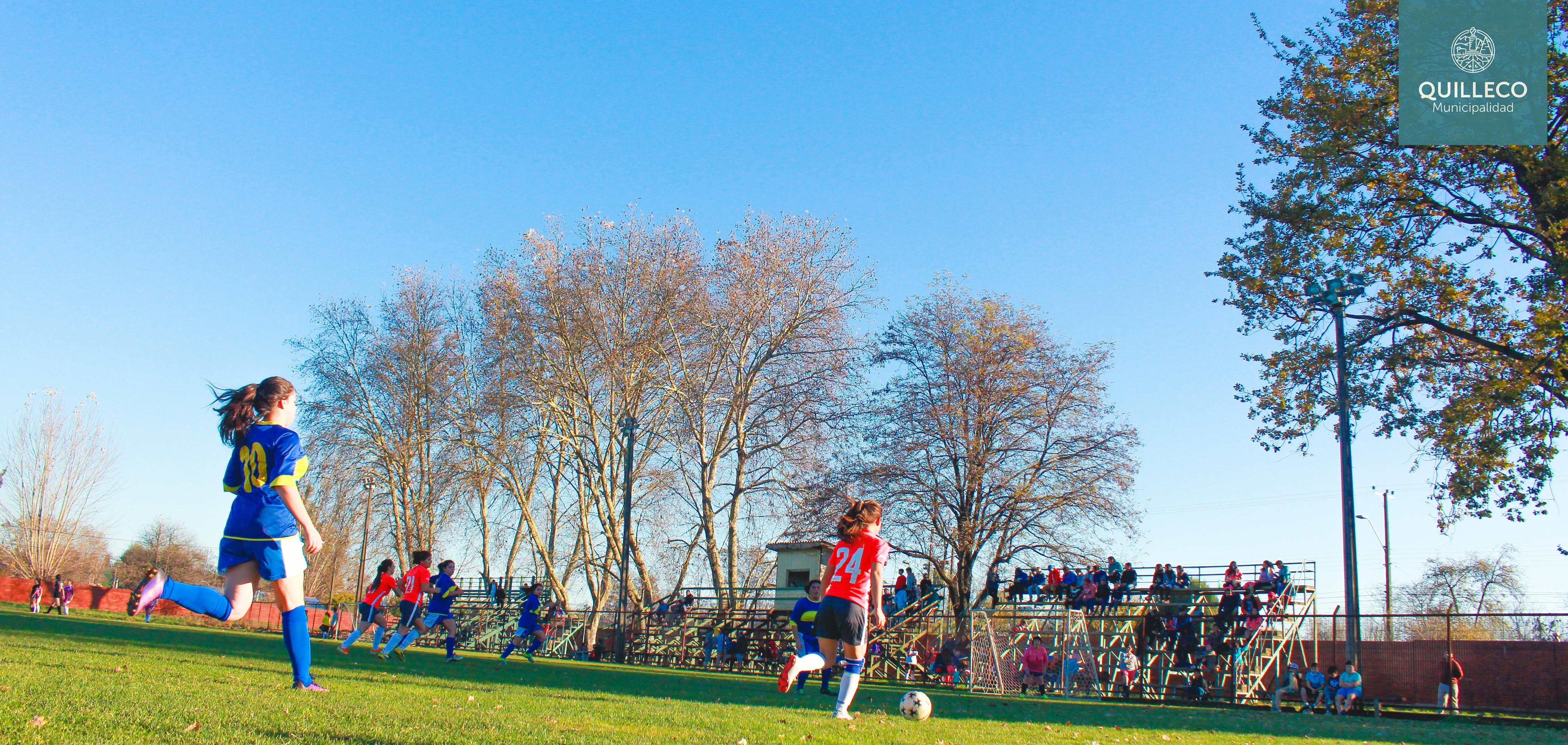 Así se dio el vamos al 1er Campeonato de Futbolito Damas de la Comuna de Quilleco