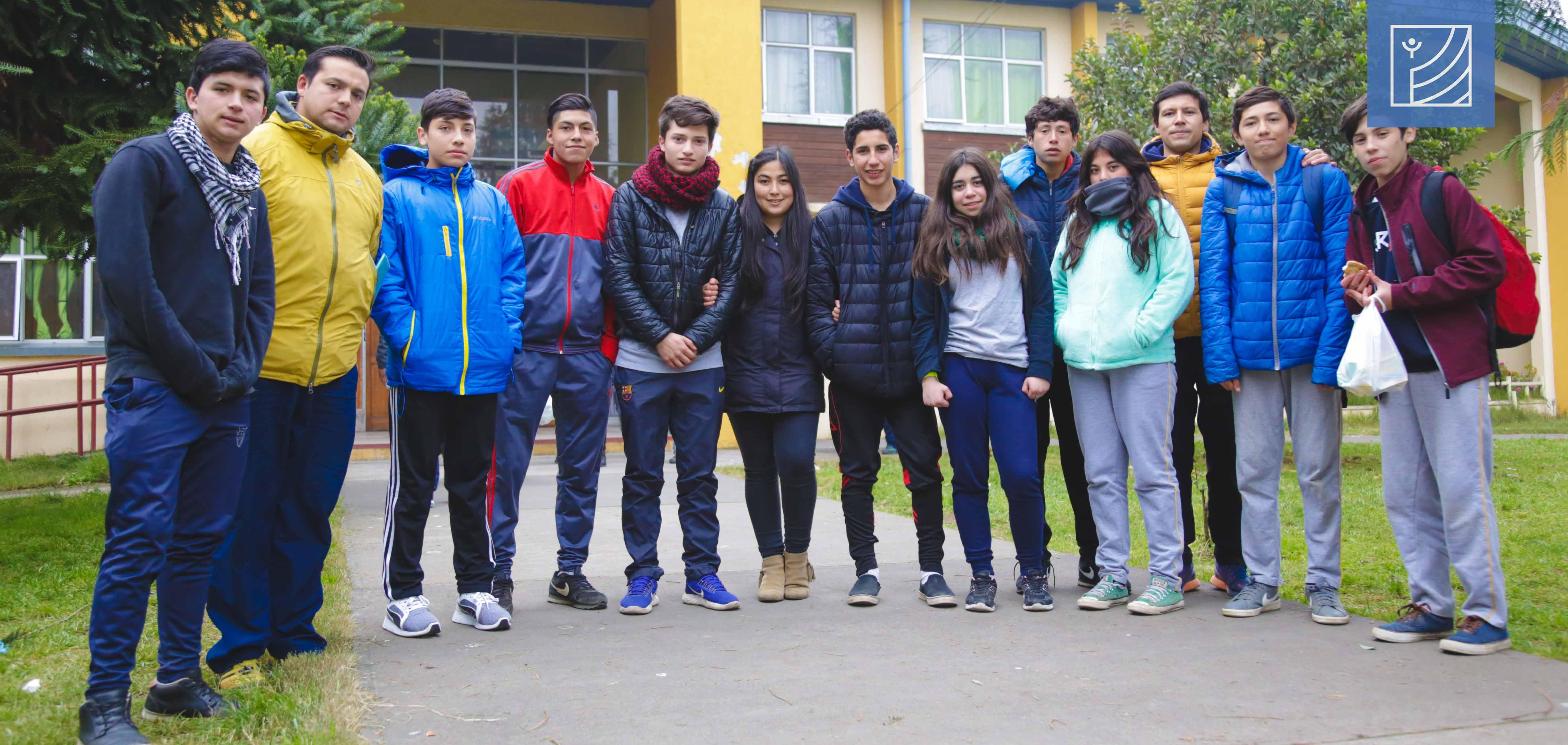 Alumnos Quillecanos participaron en juegos escolares en la Ciudad de Los Ángeles.