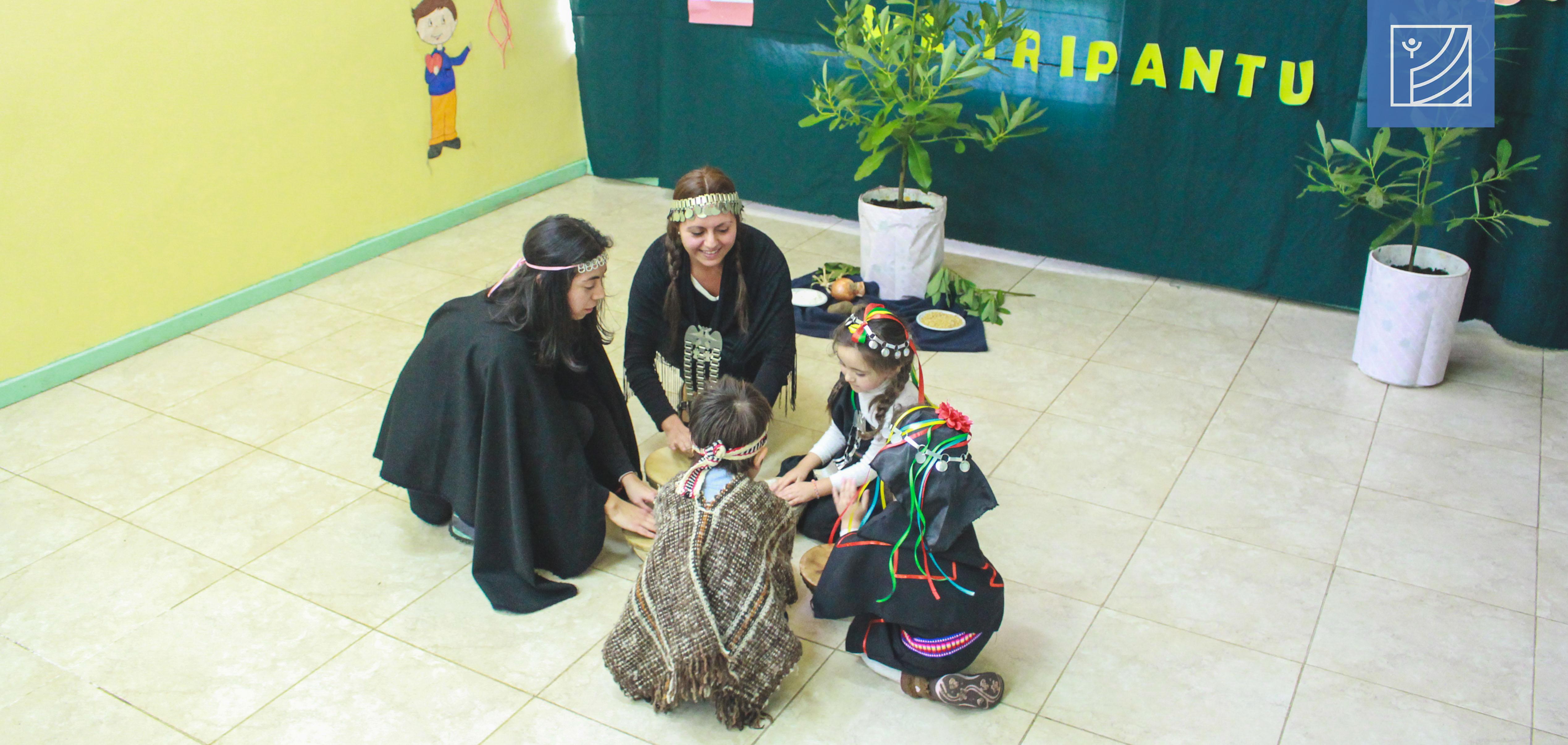 Jardín infantil Manitos Mágicas de San Lorencito celebró el We Tripantu en el marco de la semana de la interculturalidad.