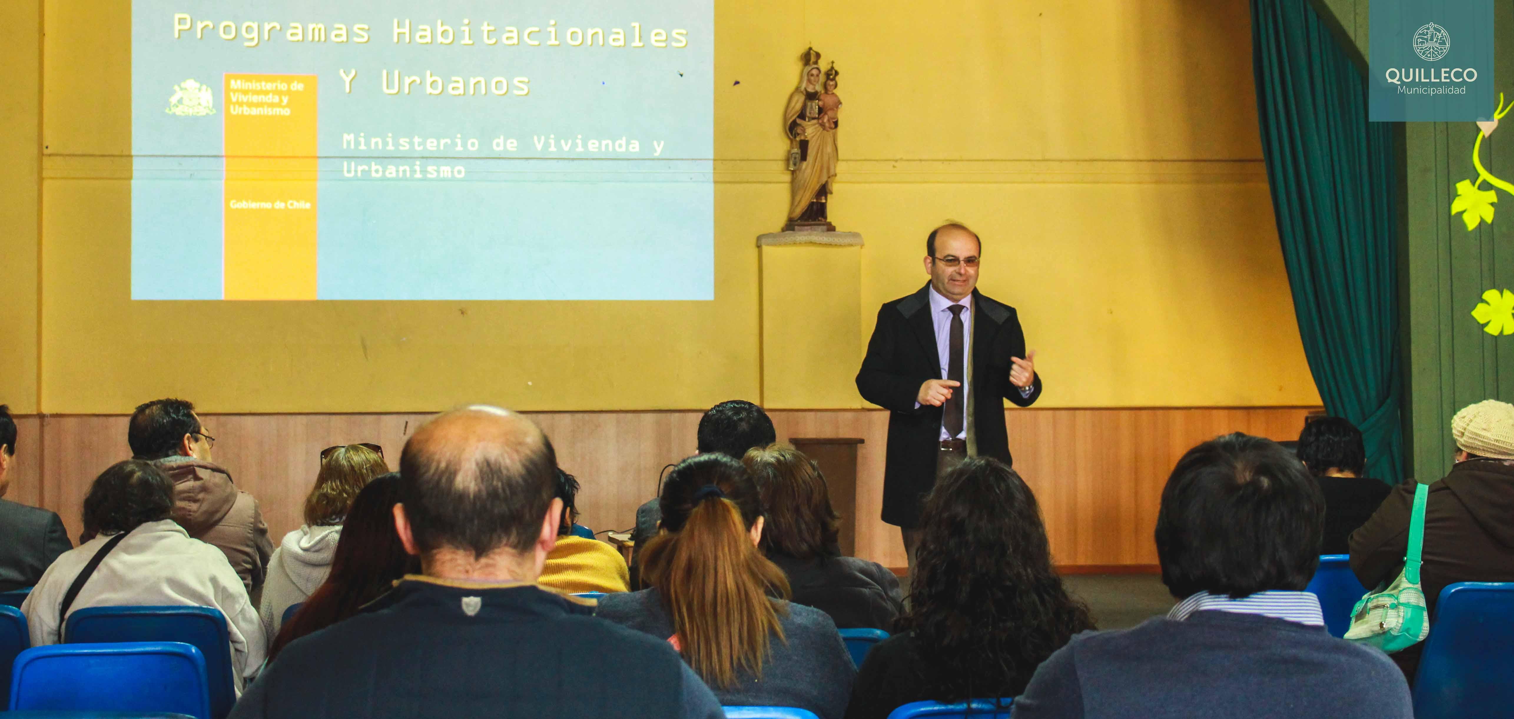 En salón auditorio de Quilleco se realizó charla de difusión sobre la oferta programática del MINVU por parte del SERVIU.