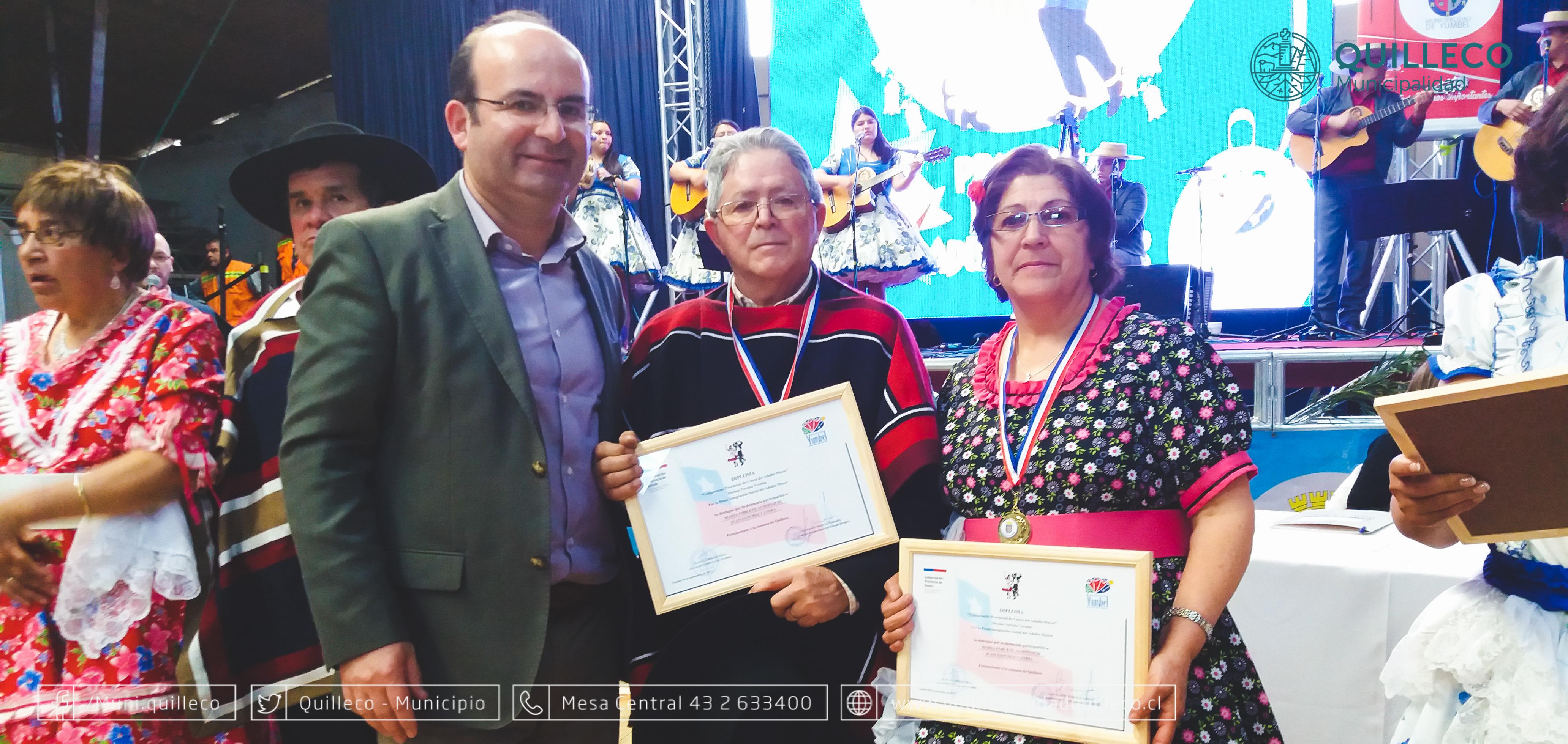 Vecinos de Las Canteras recibieron histórico 3er lugar en provincial de cueca del adulto mayor.