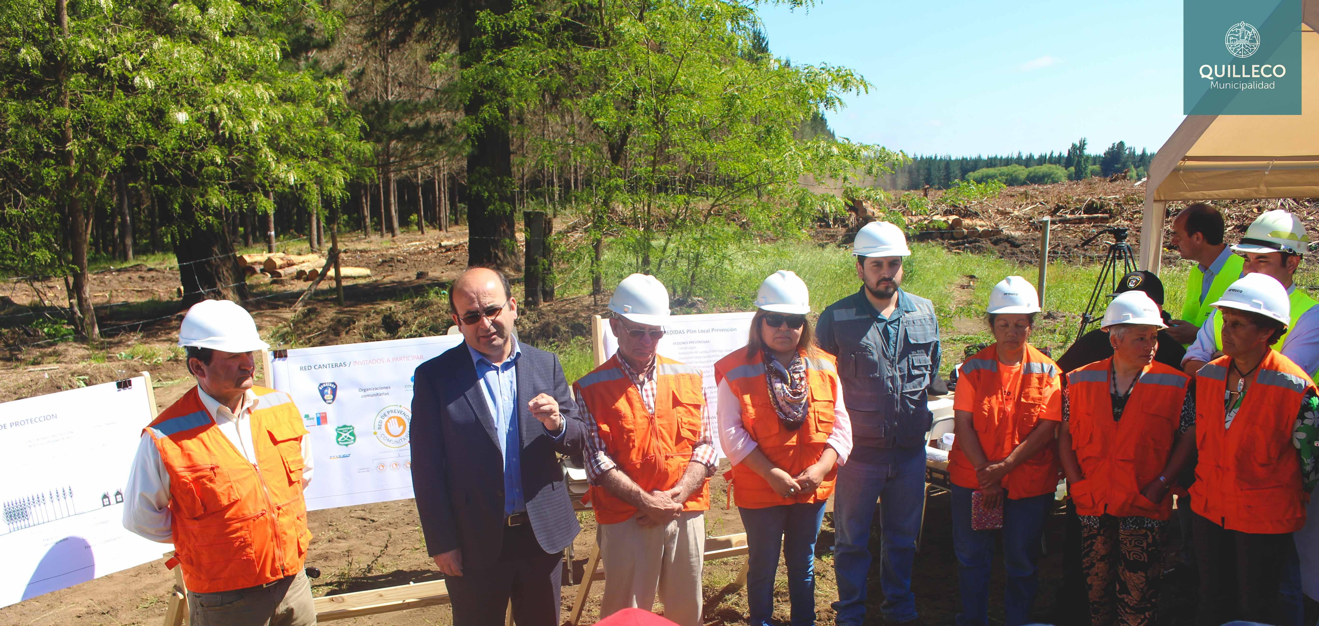 Como resultado de trabajos en conjunto, Forestal Arauco amplia cortafuego que separa plantaciones forestales de la comunidad en la Comuna de Quilleco
