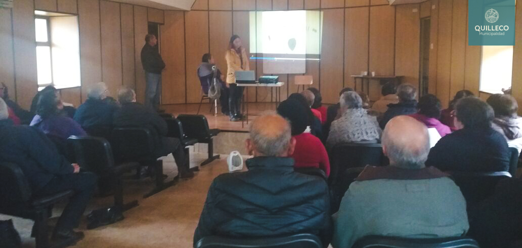 Reunión de Unión Comunal del Adulto Mayor recibió visita de agrupación de adultos mayores de Mulchén
