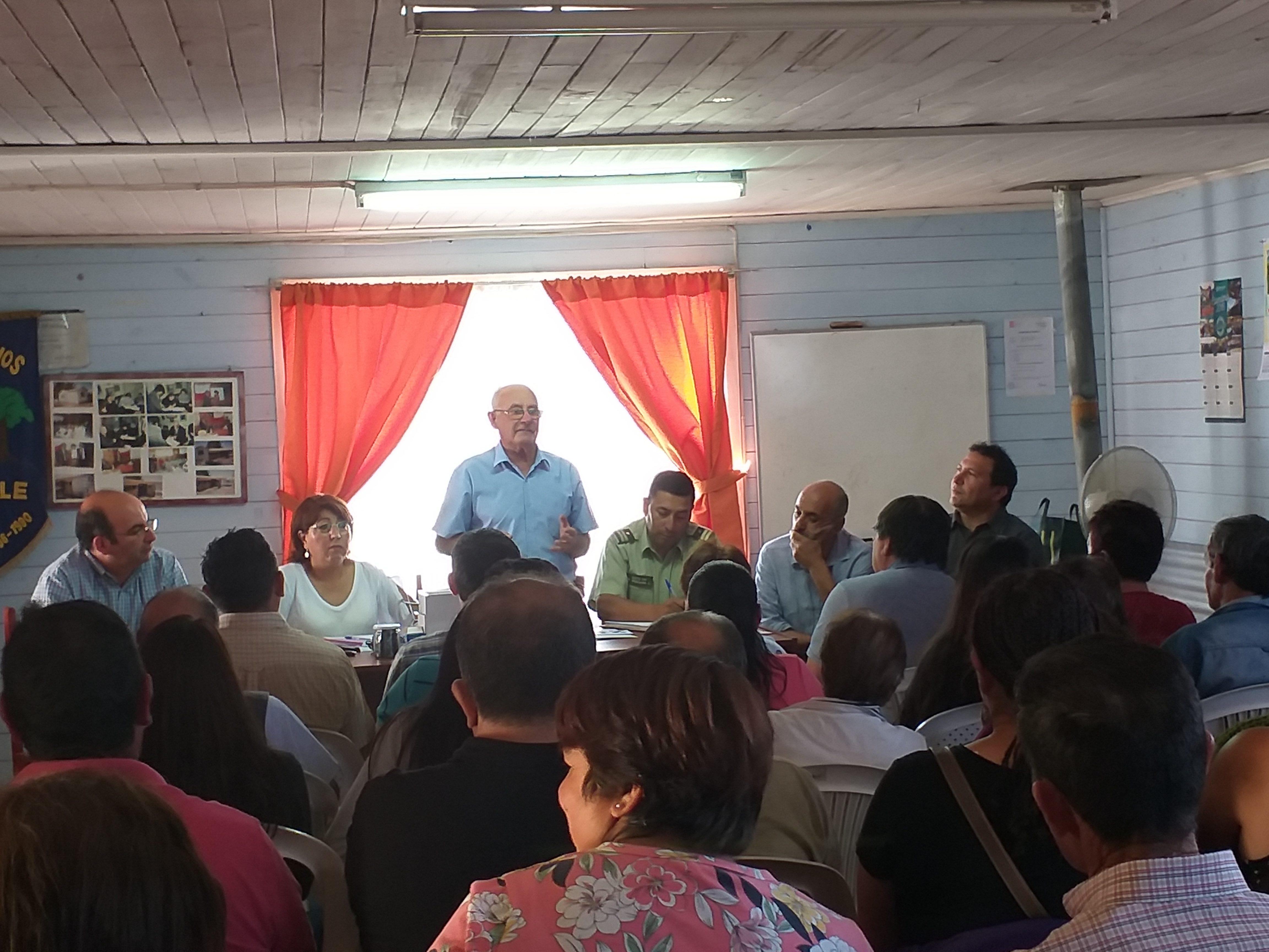 Producto del trabajo mancomunado entre Vecinos del sector el Hualle y el Municipio se concreta Proyecto de Alarmas comunitarias