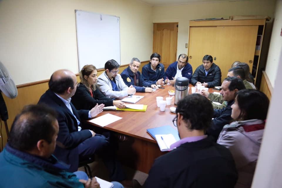 Alcalde Jaime Quilodrán preside  Comité Operativo de Emergencia para analizar respuesta de los organismos oficiales  de la comuna ante las inclemencias de la naturaleza