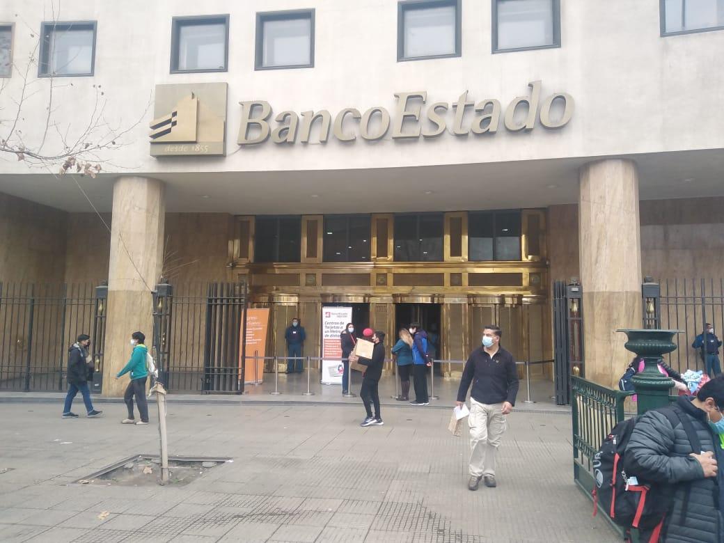 ¡Nuestro Alcalde gestionando Casa Matriz del Banco Estado! Nueva sucursal Banco Estado para nuestra comuna